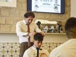 Corsi di tecniche e taglio maschile - Educational barber school